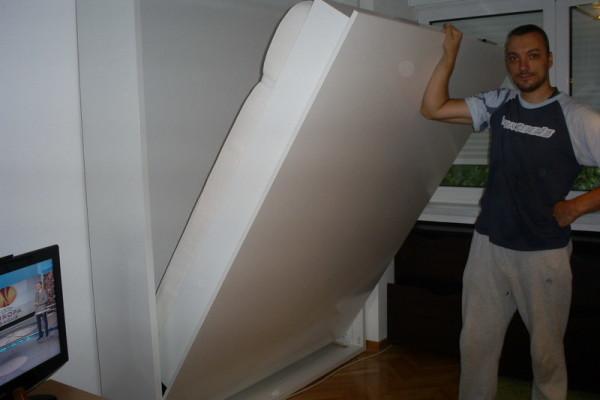 Zidni krevet Belo