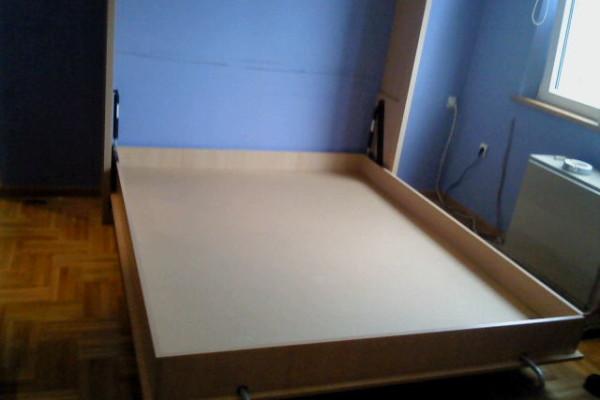 Zidni krevet bukva