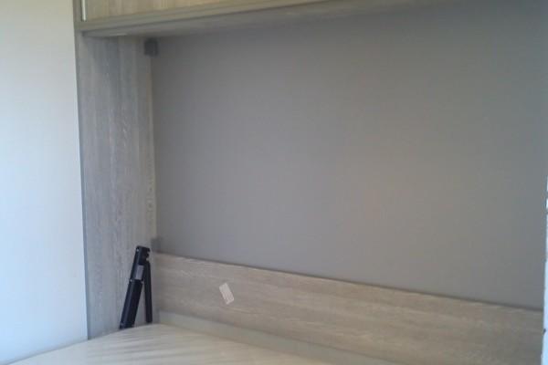Zidni krevet sa nadgradnjama
