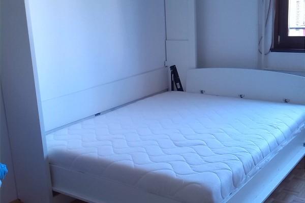 Bocni Zidni krevet